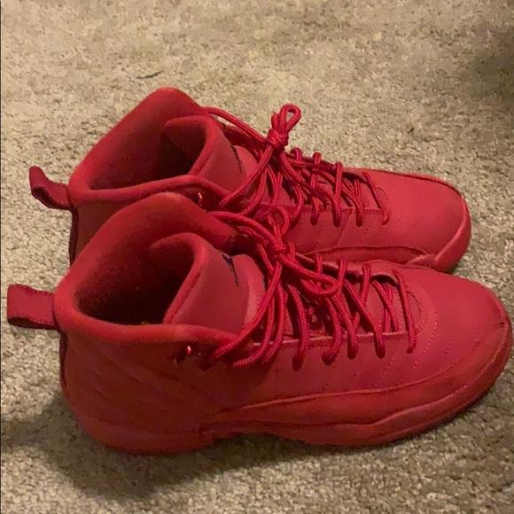 competitive price 8f17b 12aa0 Kids Jordan 12 gym red